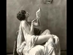 1920-s Women (Risque)