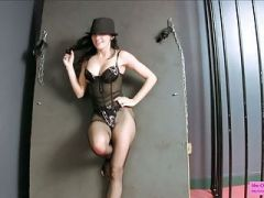 GoGo Dancer Wants to Chain Tease and Castrate You